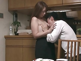 A Weekend With My Aunt japanese milf hd porn